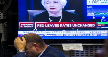 US Dollar Bearish as FOMC Refuses to Raise Rates
