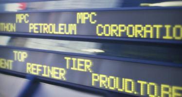 Petroleum Refiner Marathon Remains Stable