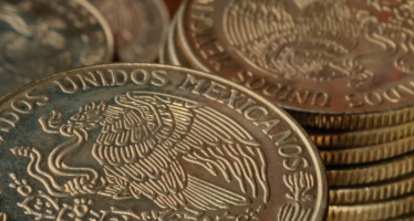 Mexican Peso Turns Bearish on Weakness in Crude