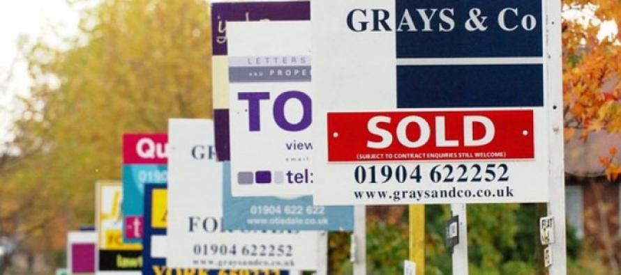 Decline in Halifax Housing Index Turns Pound Bearish