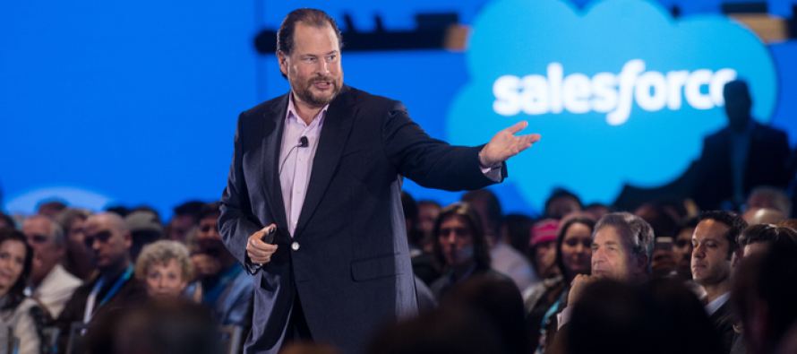 Salesforce Remains Bearish on Loss of HP's CRM Contract