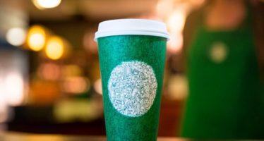 Starbucks Tops Q4 Estimates, Issues Strong Q1, FY16 View
