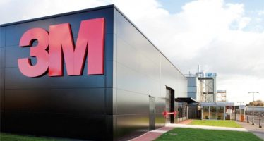 3M Beats Q4 Earnings View, Reaffirms FY17 EPS Outlook