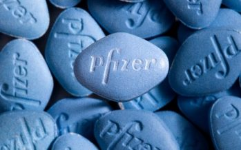 Pfizer Misses Q4 EPS View, Issues Upbeat FY17 Outlook