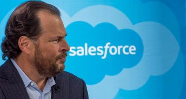 Salesforce Beats Q4 Estimates, Raises FY18 View