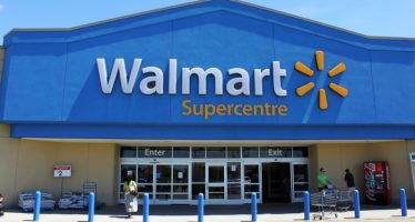 Wal-Mart Takes Competition Head-on by Reducing Queue Time