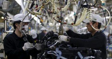 Yen Turns Weak on Poor BSI Manufacturing Index Data