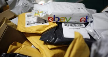 eBay Beats 2Q17 Estimates, Issues Q3 EPS Below View
