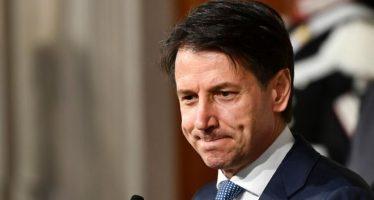 Euro Turns Weak On Poor PMI Data
