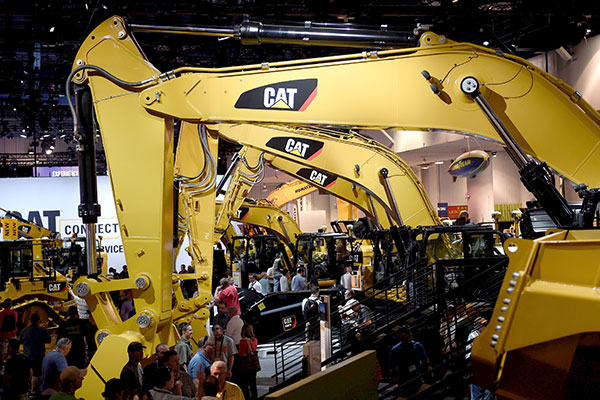 Caterpillar display conference - photo - July 2018