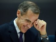 Pound Strengthens On Hint Of Rate Hike By BoE Governor