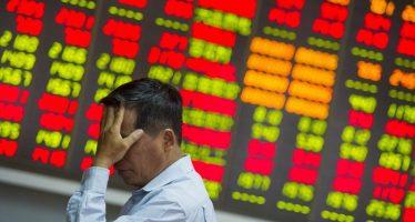 Aussie Turns Weak On China Slowdown, IMF Report