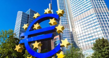 Euro Turns Weak On Poor Manufacturing, Services PMI data