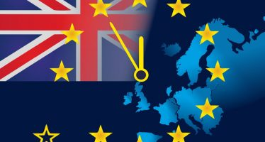 Strong Services PMI Growth Fail To Lift Pound