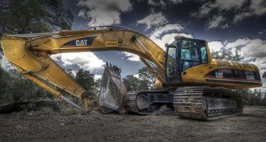 UBS Analyst Reiterates Sell Rating On Caterpillar
