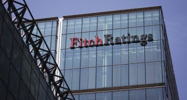 Fitch Reiterates Japan's 'A' Rating, Issues Weak Outlook