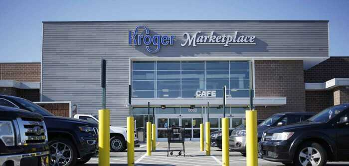 Outside view of a Kroger store - photo - 6th Dec 2019