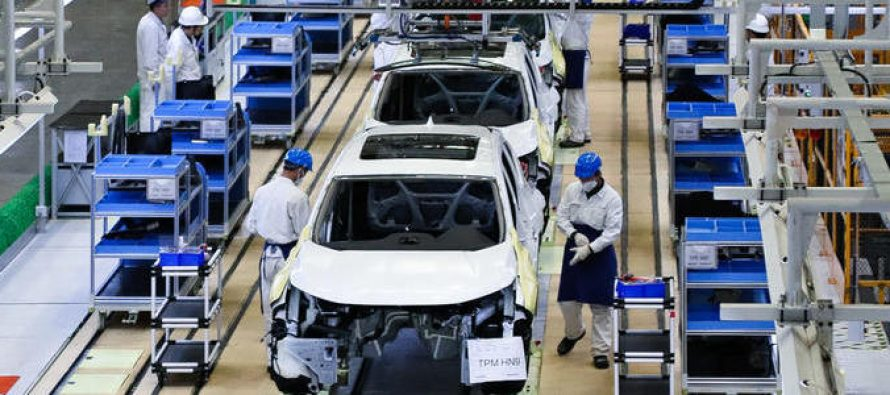 Toyota Down on Postponement of Re-Opening China Factories