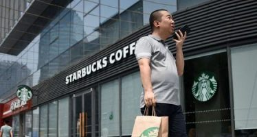 Starbucks Issues Earnings Warning, Trims China Business View