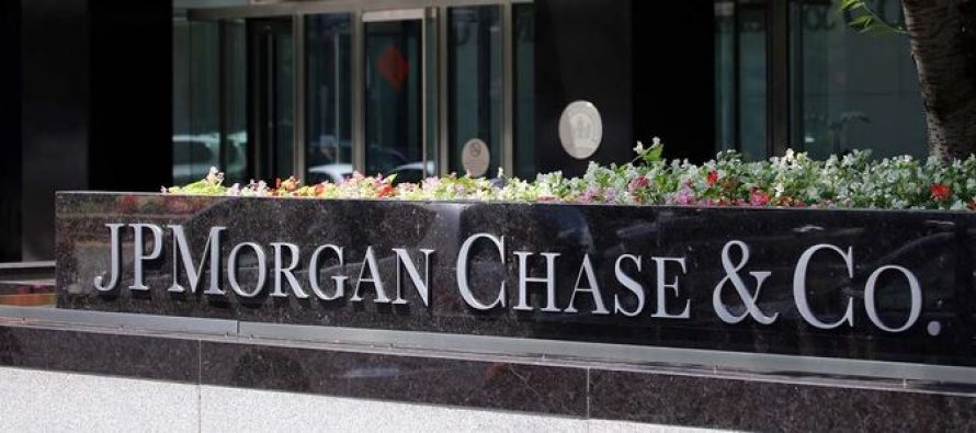 JPMorgan Warns on FY 2020 Earnings, May Suspend Dividend